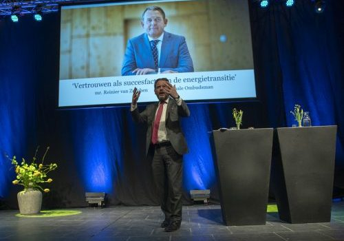 Nationale Ombudsman: 'Zorg voor één loket'