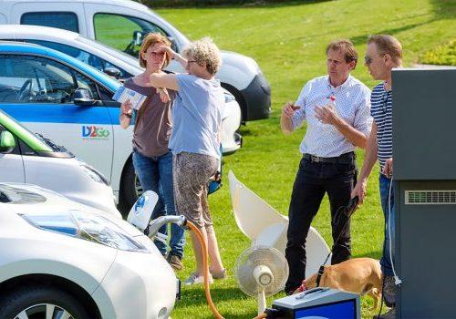 """Tafel Mobiliteit """"We zijn op weg naar 1000 elektrische deelauto's in Gelderland."""""""